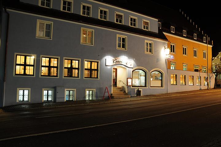 Restaurant Rossini Außenansicht bei Nacht